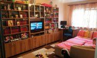 Apartament 3 camere, Dacia, 60mp